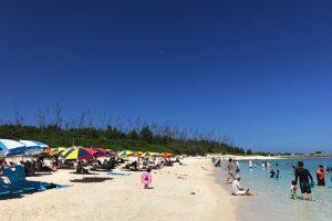 水納島のビーチ