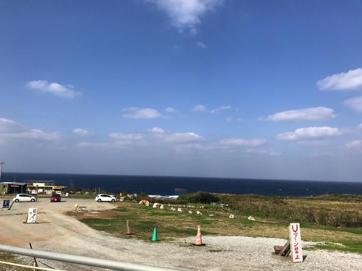 古宇利島のハートロック(ティーヌ浜)駐車場