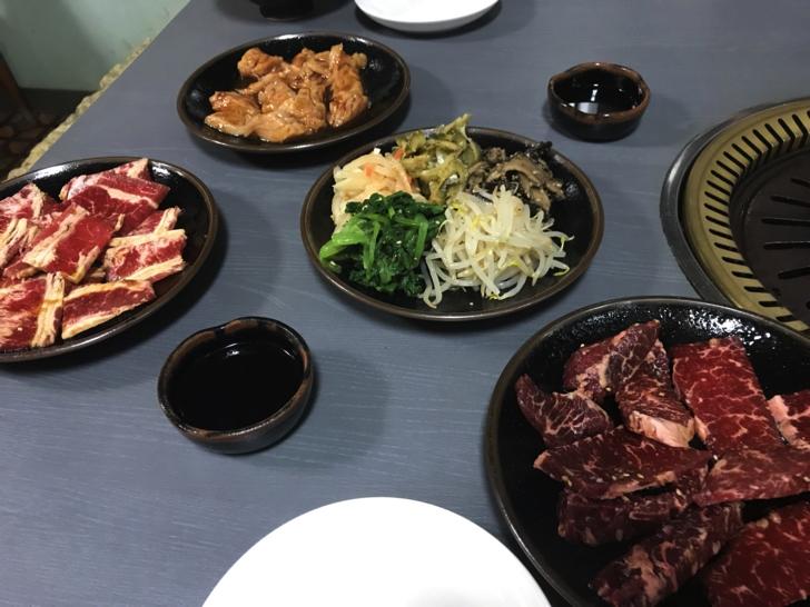 本部にある焼肉明月館の肉