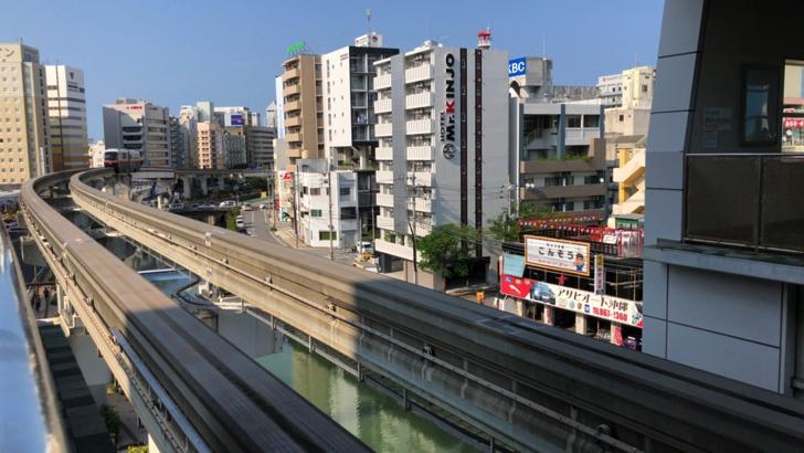ゆいレール 旭橋駅駅